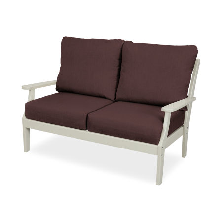 Yacht Club Deep Seating Settee in Sand Castle / Cast Currant